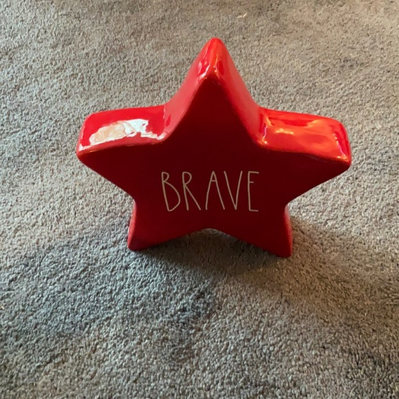 Rae Dunn Red Star Brave Large